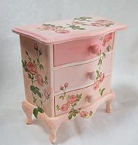 小さな家具